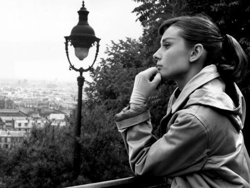 Audrey-Hepburn-512X384-312